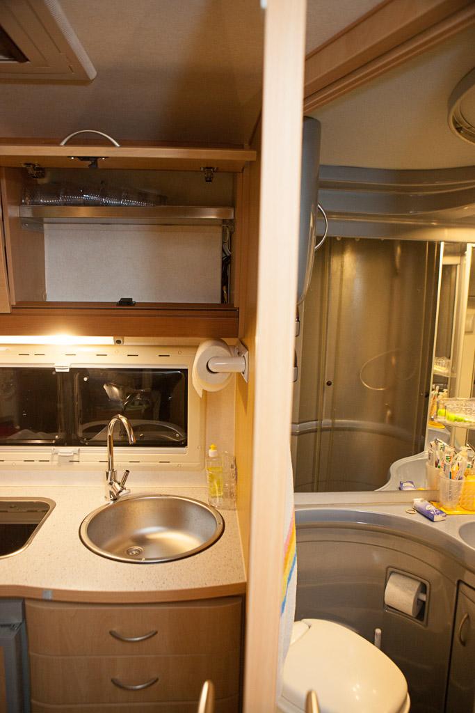 wohnwagen caravan wohnmobil wasserrohre reinigen. Black Bedroom Furniture Sets. Home Design Ideas