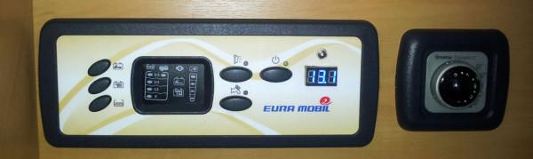 Warum versteckt sich der Schalter der Außenlampe am Controlpanel?