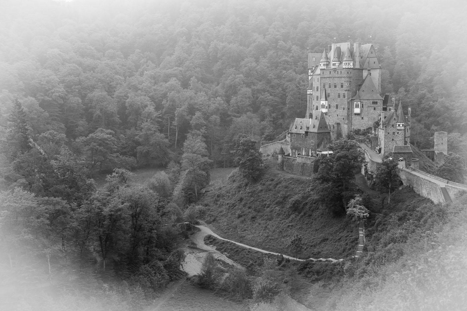 2014-05-02_10-21-05_Burg Eltz__MG_2627-1600