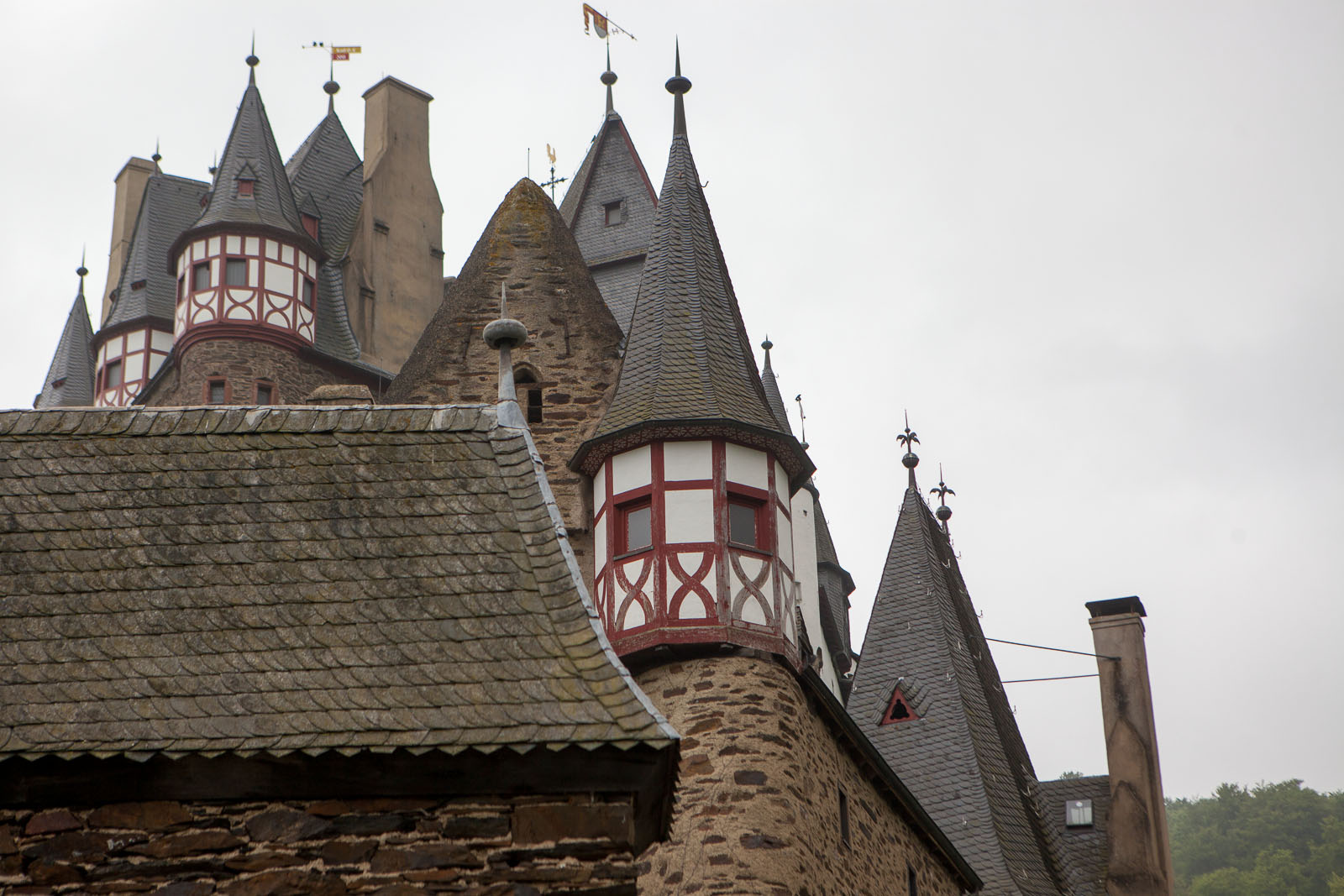 2014-05-02_10-27-55_Burg Eltz__MG_2642-1600
