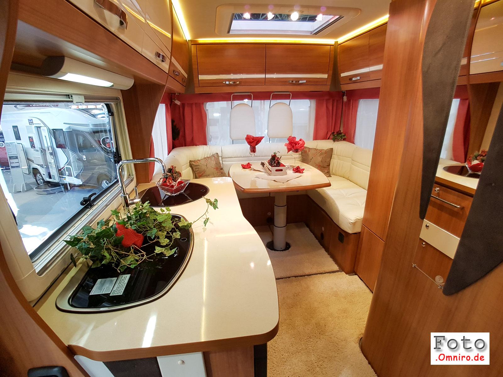 2016-08-26_12-46-54_caravan-salon_20160826_124654-1600