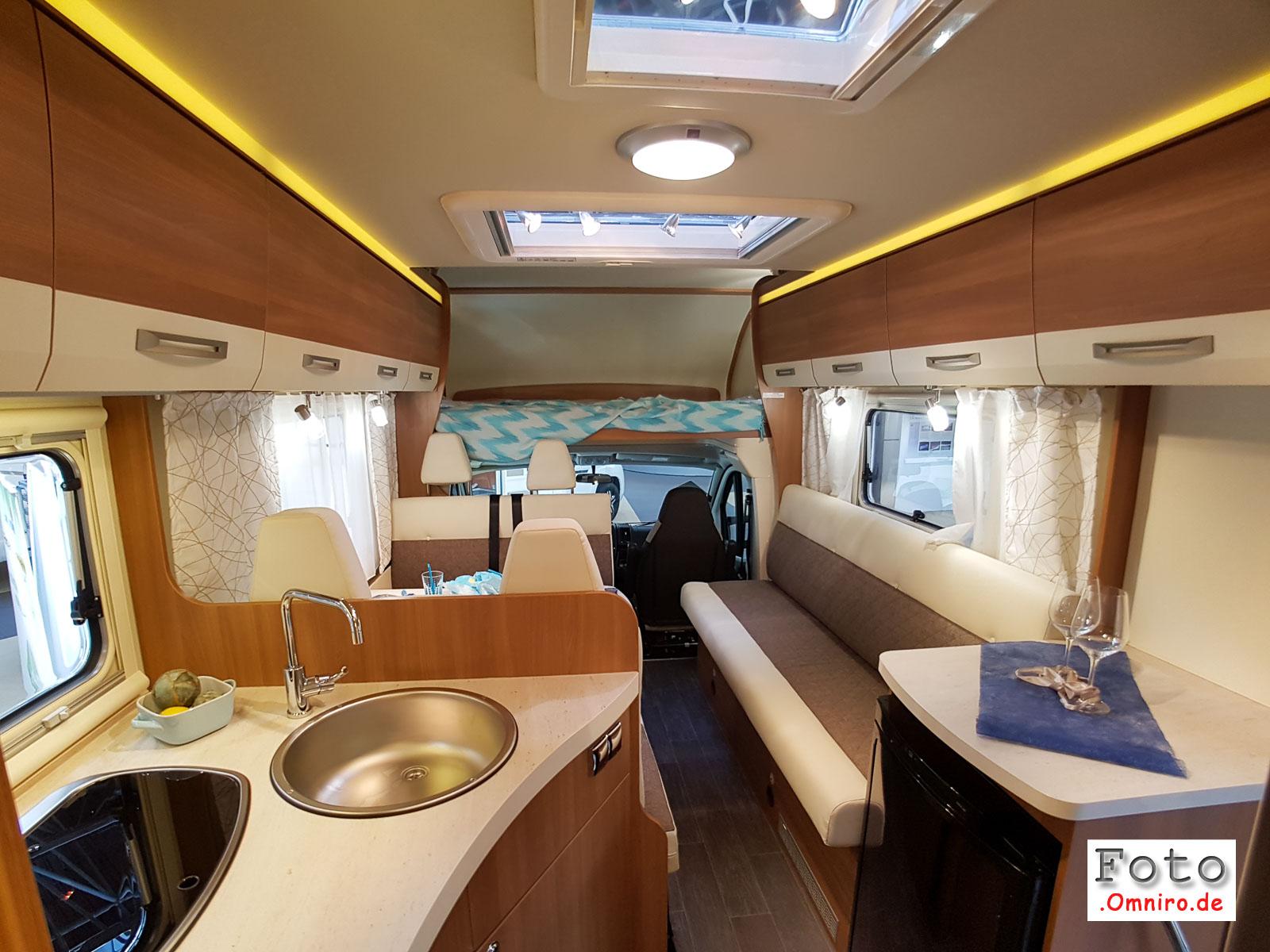 2016-08-26_12-49-57_caravan-salon_20160826_124957-1600