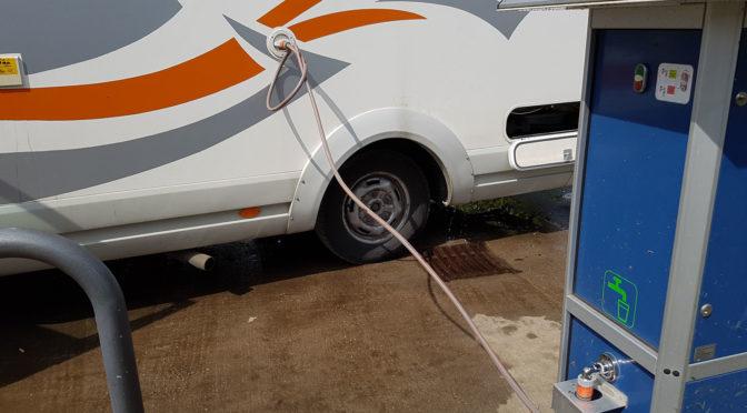 Gefahr durch Keime! Wasserschlauch im Wohnmobil!