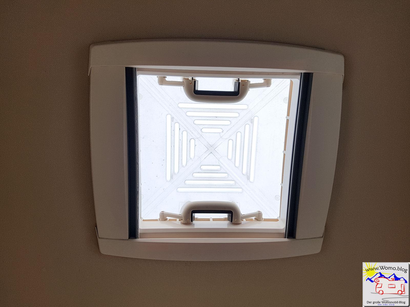 ein dometic heki ins wohnmobil einbauen wir zeigen wie es geht. Black Bedroom Furniture Sets. Home Design Ideas