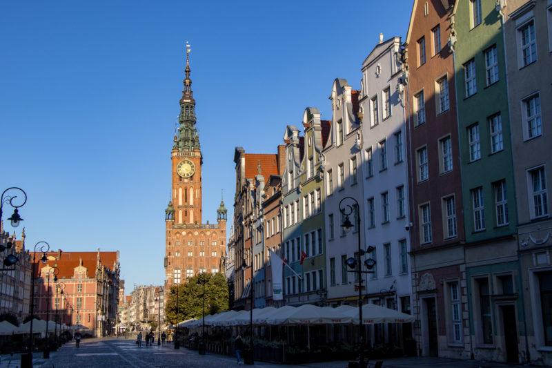 Weithin sichtbar: Das Rathaus mit seinem 85 Meter Turm