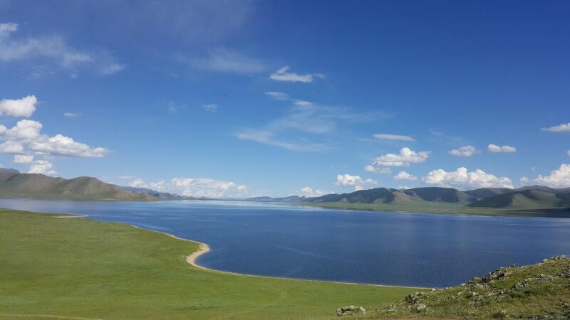 Der Weiße See (Terkhiin Tsagaan Nuur) ist ein Süßwassersee in der Nähe des Khorgo-Vulkankraters in der Provinz Arkhangai.(c) Ethno Mongol