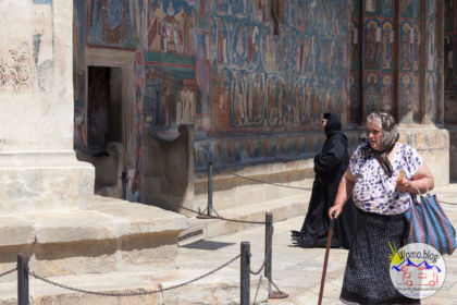 2019-06-16_14-39-31_Rumänien-Kloster-Voronet_IMG_1417-1600.jpg