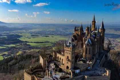 2019-11-30_12-59-28_Burg-Hohenzollern_DJI_0940-3-1600.jpg